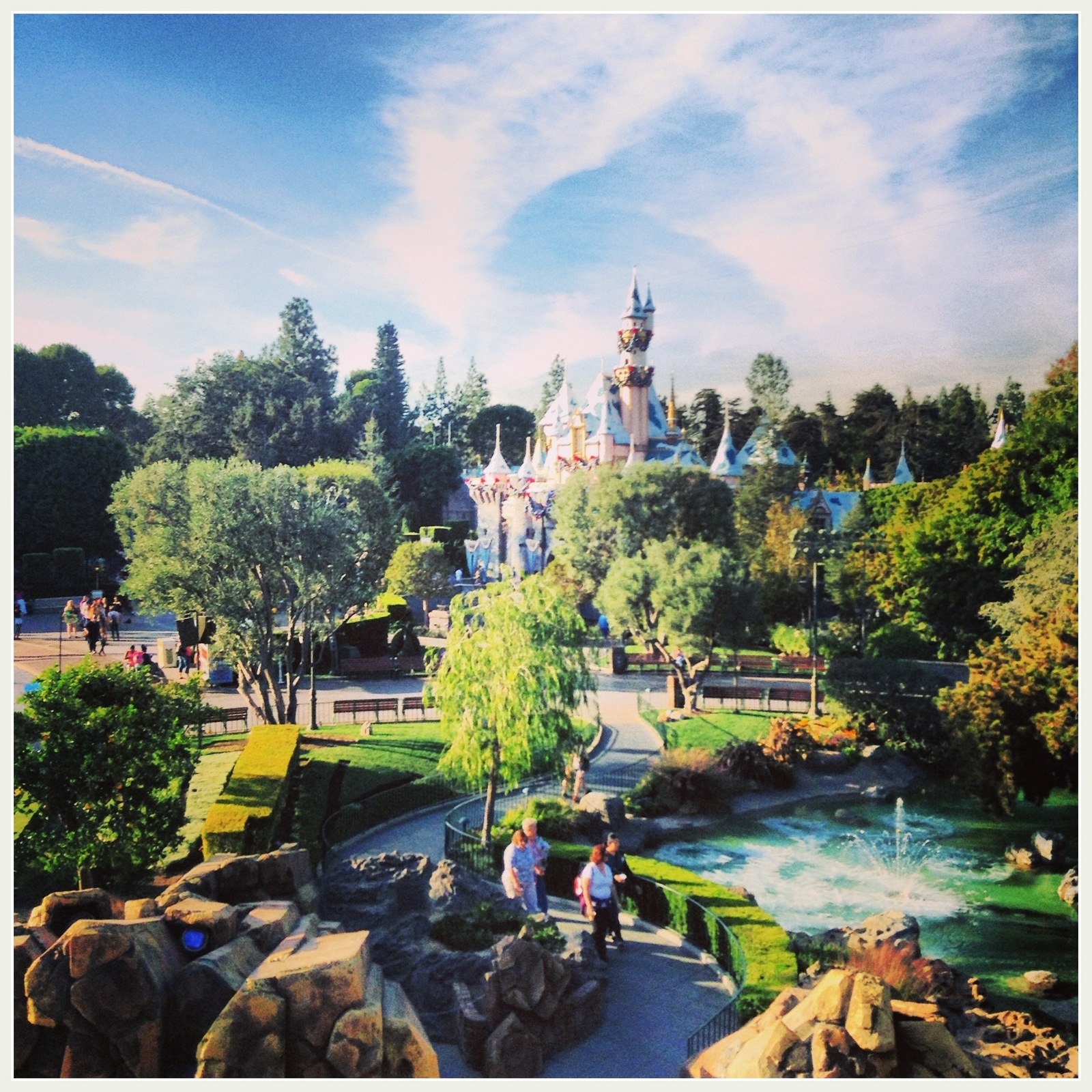 15 Insider Tips For Visiting Disneyland With Toddlers