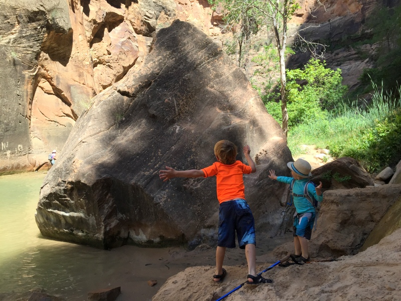hiking the narrows with kdis