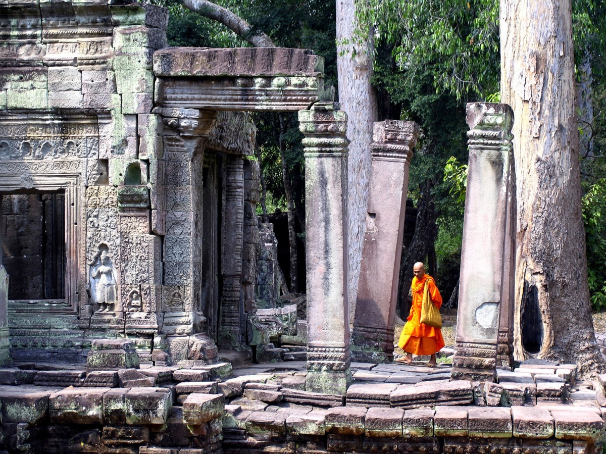 Places to visit in Cambodia - Angkor Temples with monks