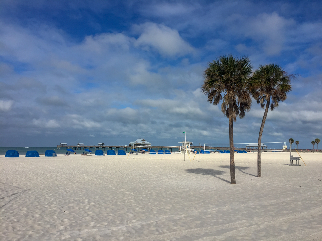 One of the things to do in Clearwater Florida is the beautiful white sand beaches.
