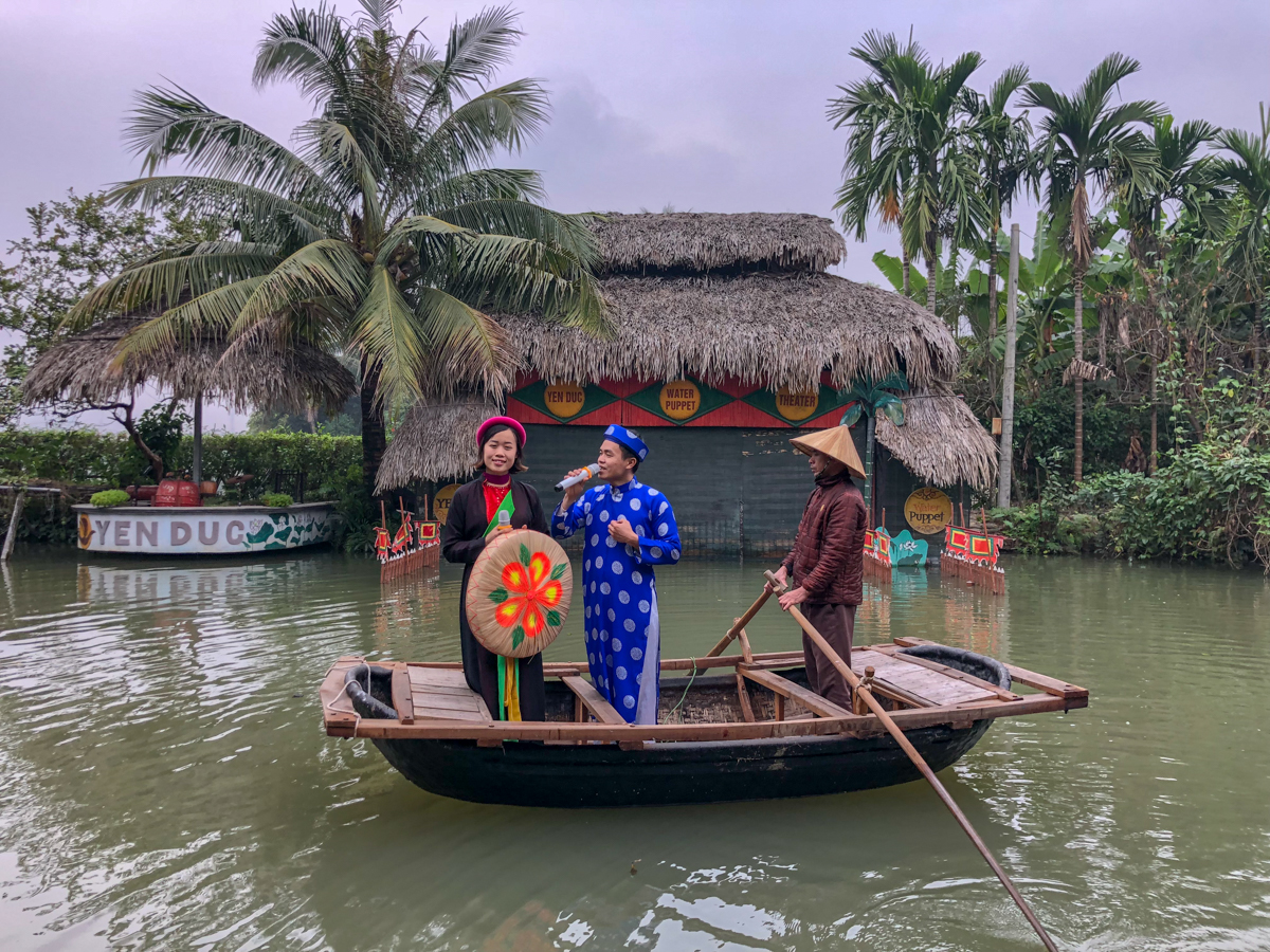 Water puppet show on a homestay in Vietnam experience