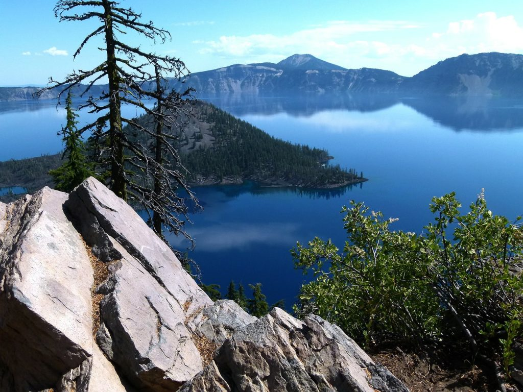 Crater Lake National Park in Oregon is a must visit on a west coast national park trip