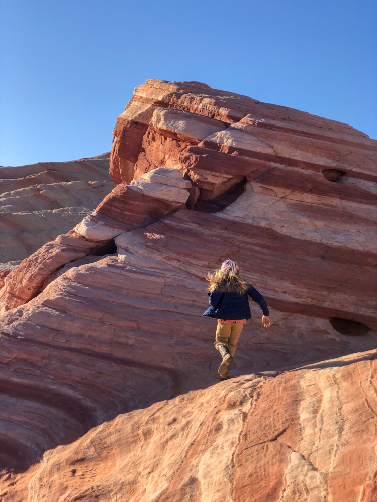 Tips for Hiking Valley of Fire State Park with kids